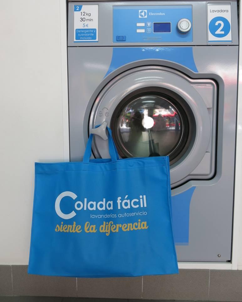 Bolsa-Colada-facil-lavanderia-autoservicio